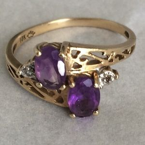 Jewelry - Beautiful 10k Gold Amethyst Ring Size 5